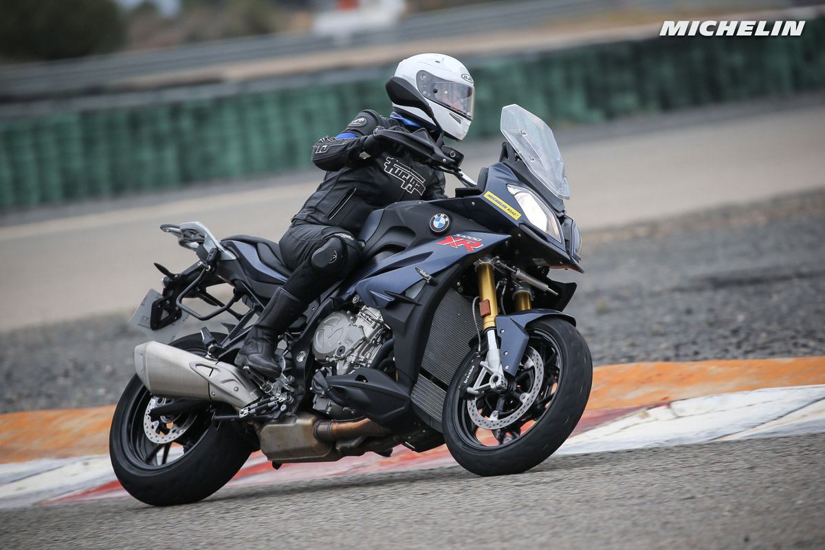 Test Michelin Road 5