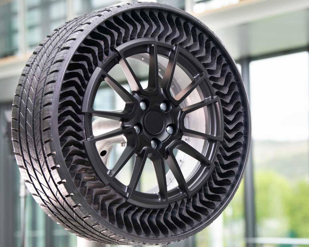 pneu révolutionnaire : Michelin Uptis, un pneu révolutionnaire anti-crevaison