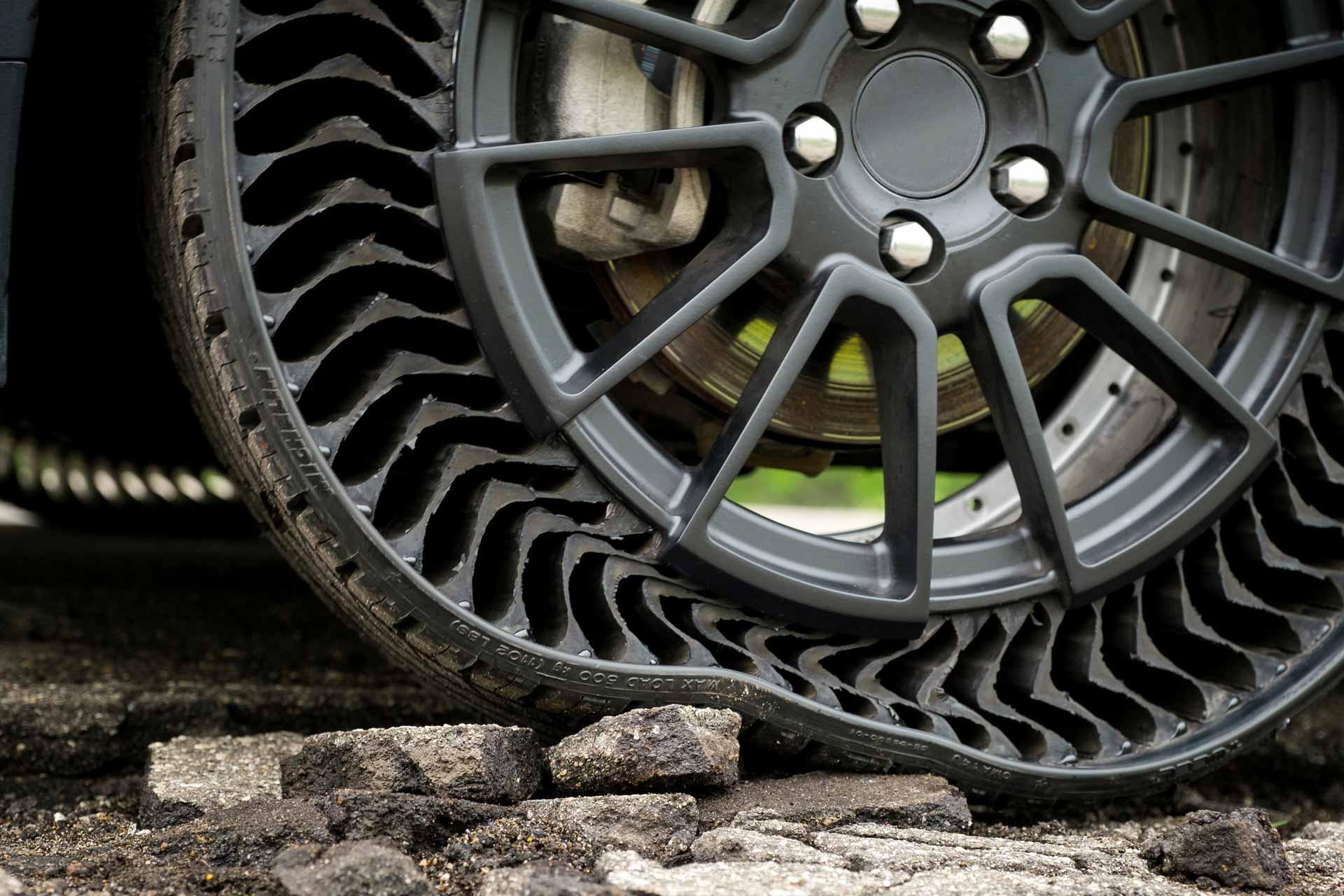 Michelin développe un pneu révolutionnaire anti-crevaison