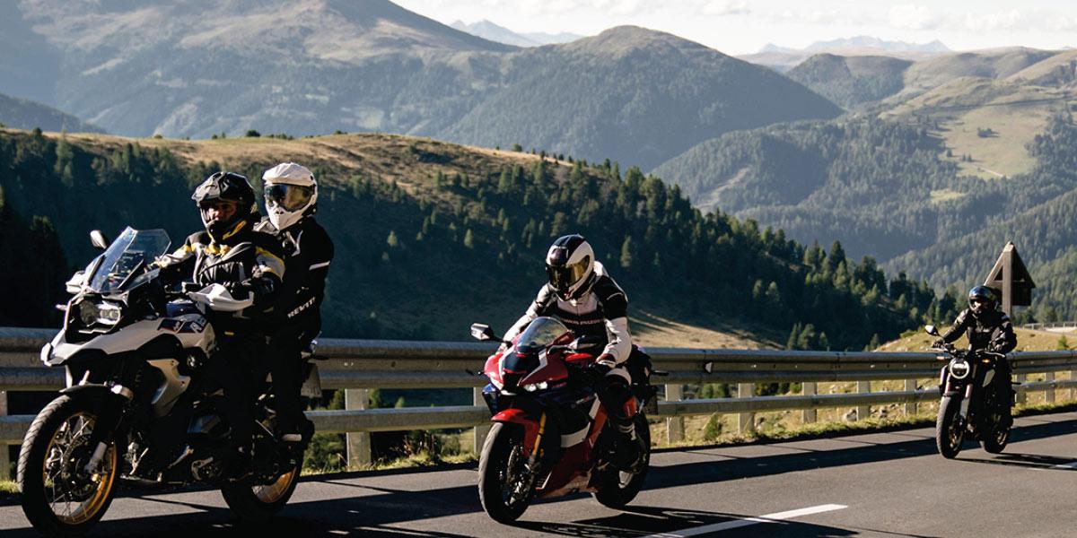 Intercom moto : pourquoi s'équiper et lequel choisir ?