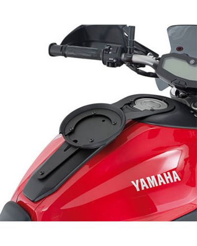 GIVI  Fixation Easy-Lock BF21 Yamaha MT07/MT-09