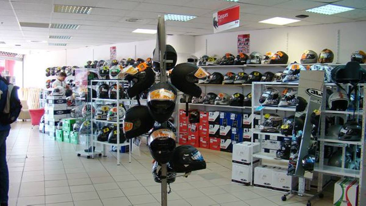 Magasin accessoire moto 06